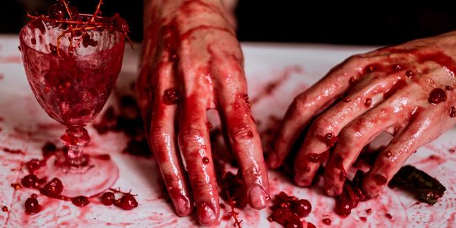 Hic est sanguis meus – la sangre de las mujeres