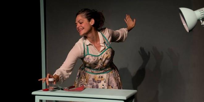 Manual de DESuso: teatro para reír y reflexionar