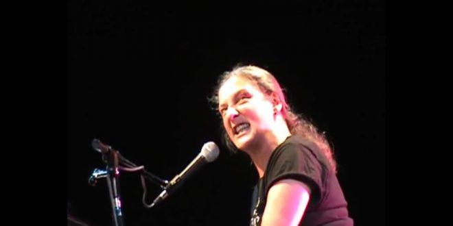 Liliana Felipe: Cantar y reír hasta que caiga el patriarcado