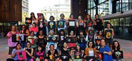 """Colectivo """"Bordadoras en resistencia"""" De Santiago de Chile"""